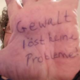 OBR Hand Ingrid Buerkner